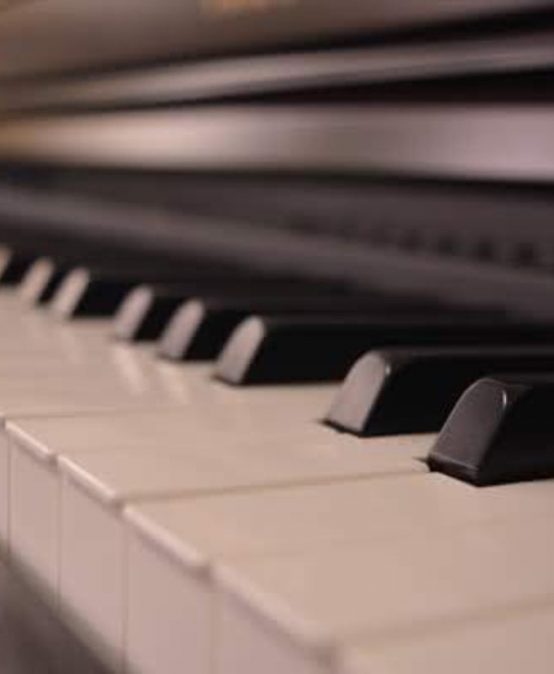 Concierto: Conjunto de piano a cuatro manos