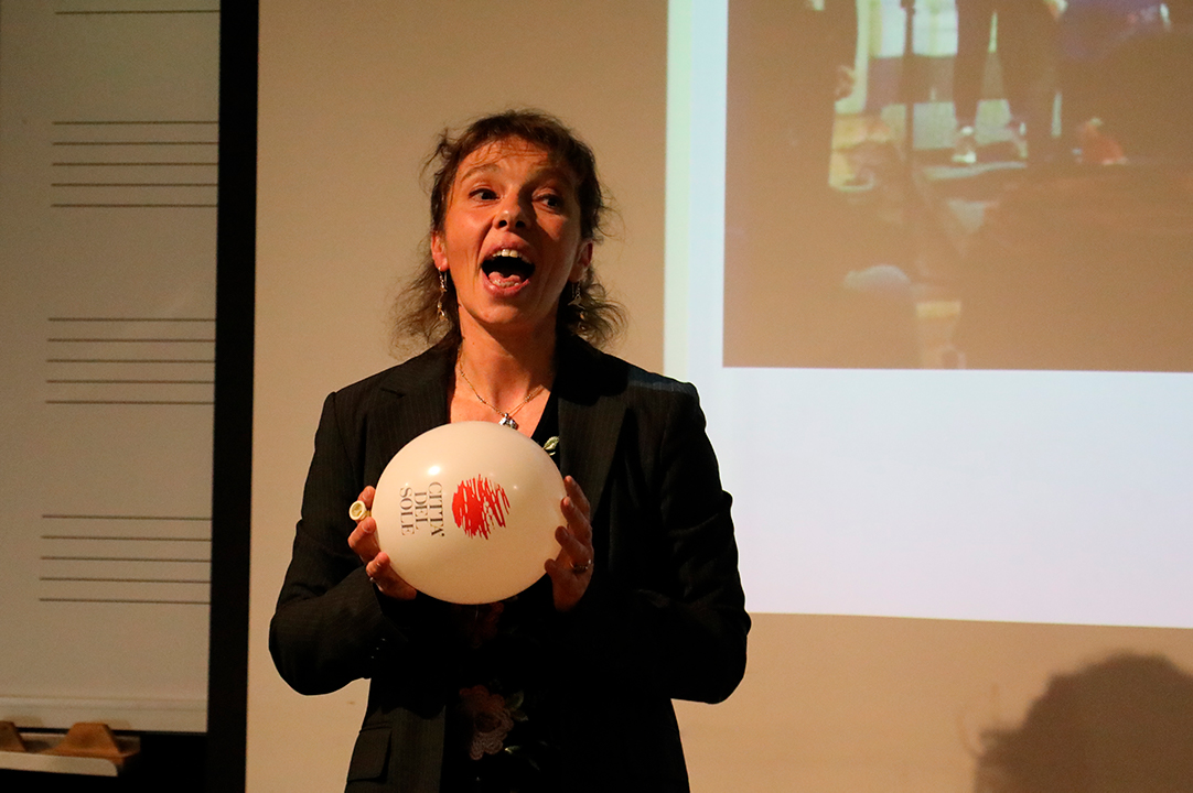 Galería: Francesca Rossi visitó Uniandes y habló sobre la educación musical infantil en Italia