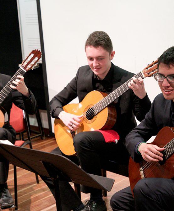 Concierto | Duetos y Conjunto de Guitarra