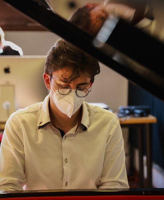 Recital de mitad de carrera: Juan Camilo Rojas, piano